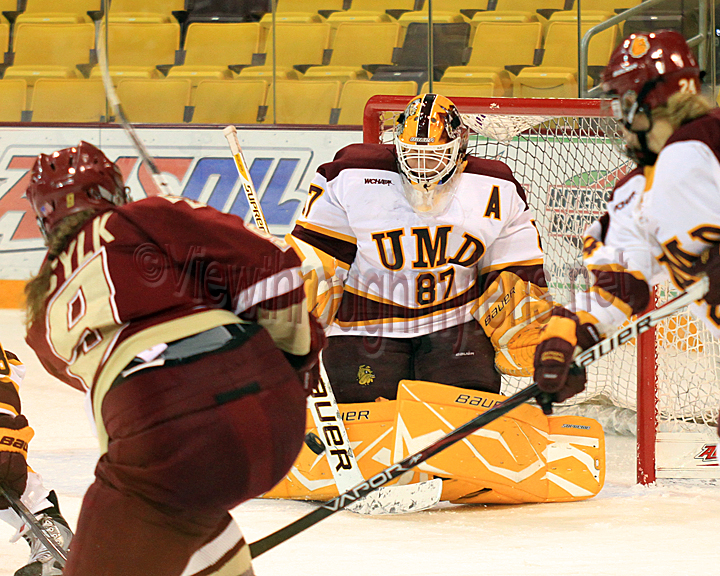 Jenny Harss makes one of her 33 saves vs Boston College Saturday