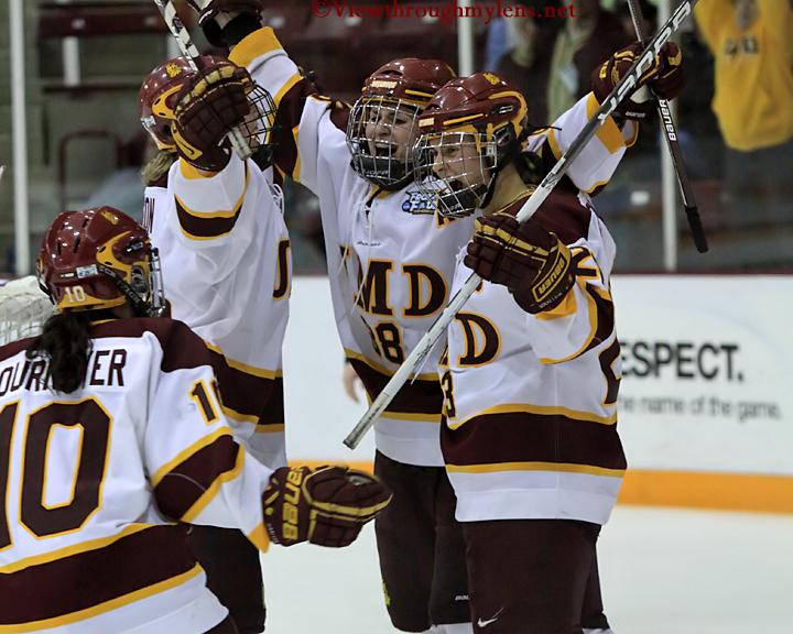 IMAGE: http://www.viewthroughmylens.net/Galleries/UMDWomensHockey/NCAAFrozenFour/UMDVsCornellChampionship/UMDVsCornellChampionship32.jpg